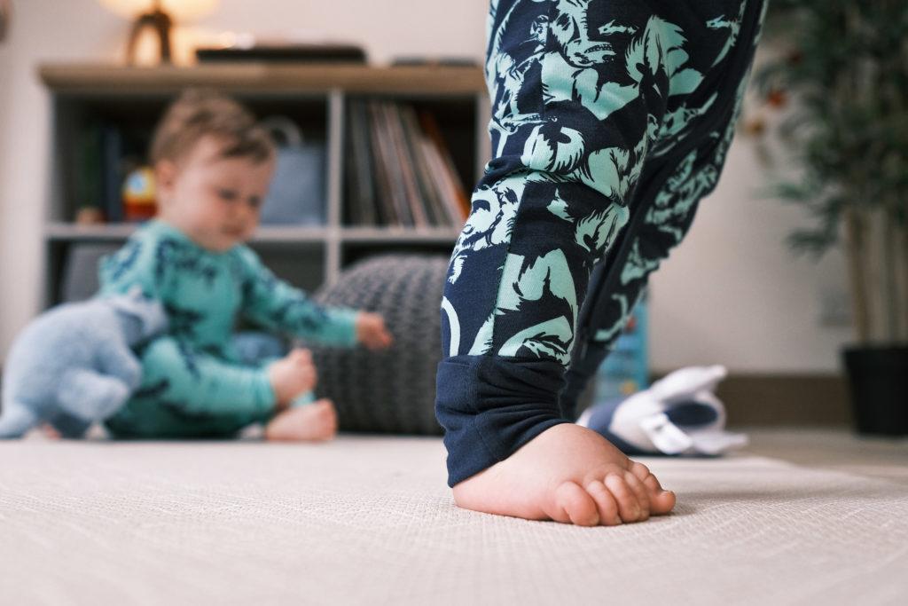Bonds Wondersuit Babygrow turn up feet